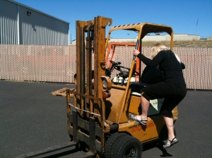 An old propane forklift was also available for practice;  successful 3-point dismount.