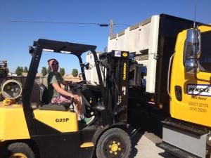 #3: Unloading the Sauv Blanc from the flatbed truck.
