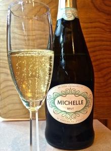 Domaine Ste. Michelle Sparkling Wine, Brut has lots of large bubbles - very festive!