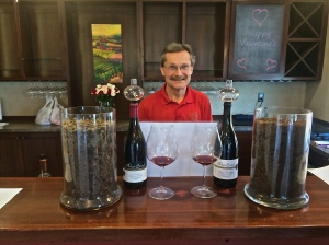 Dave Hansen, Arbor Brook Vineyards owner & winemaker with his soil profile and related wines.