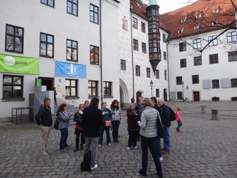 Walking tour of Hitler's Rise in Munich.