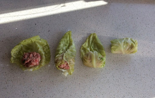 How to roll cabbage rolls